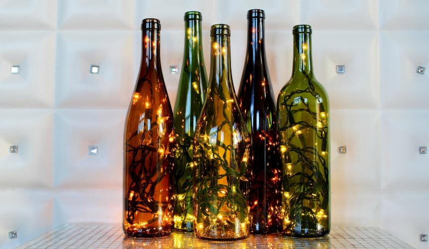 Evdeki kullanılmayan malzemeleri dekoratif objelere dönüştürmenin yaratıcı yolları Cam  C5 9Fi C5 9Felerden b C3 BCy C3 BCleyici lambalar yapabilirsiniz