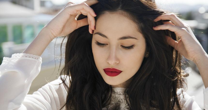 Saç bakımızını ihmal etmeyin ancak kullandığınız ürünleri çeşitlendirin