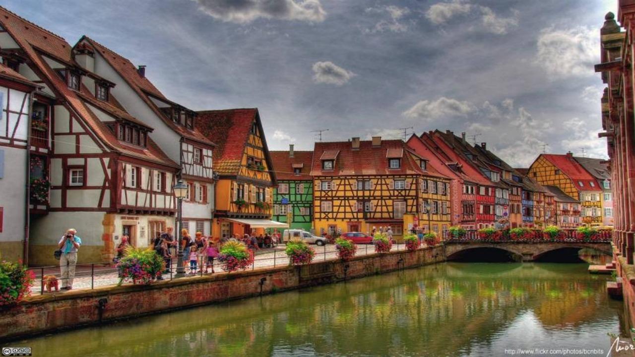 Colmar-Fransa  Avrupa'da ziyaret etmeniz gereken küçük ama eşsiz şehirler Colmar Fransa