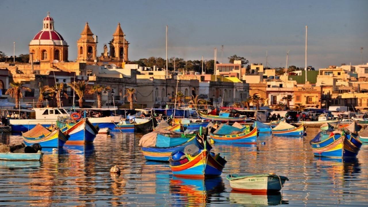 Marsaxlokk- Malta  Avrupa'da ziyaret etmeniz gereken küçük ama eşsiz şehirler Marsaxlokk Malta
