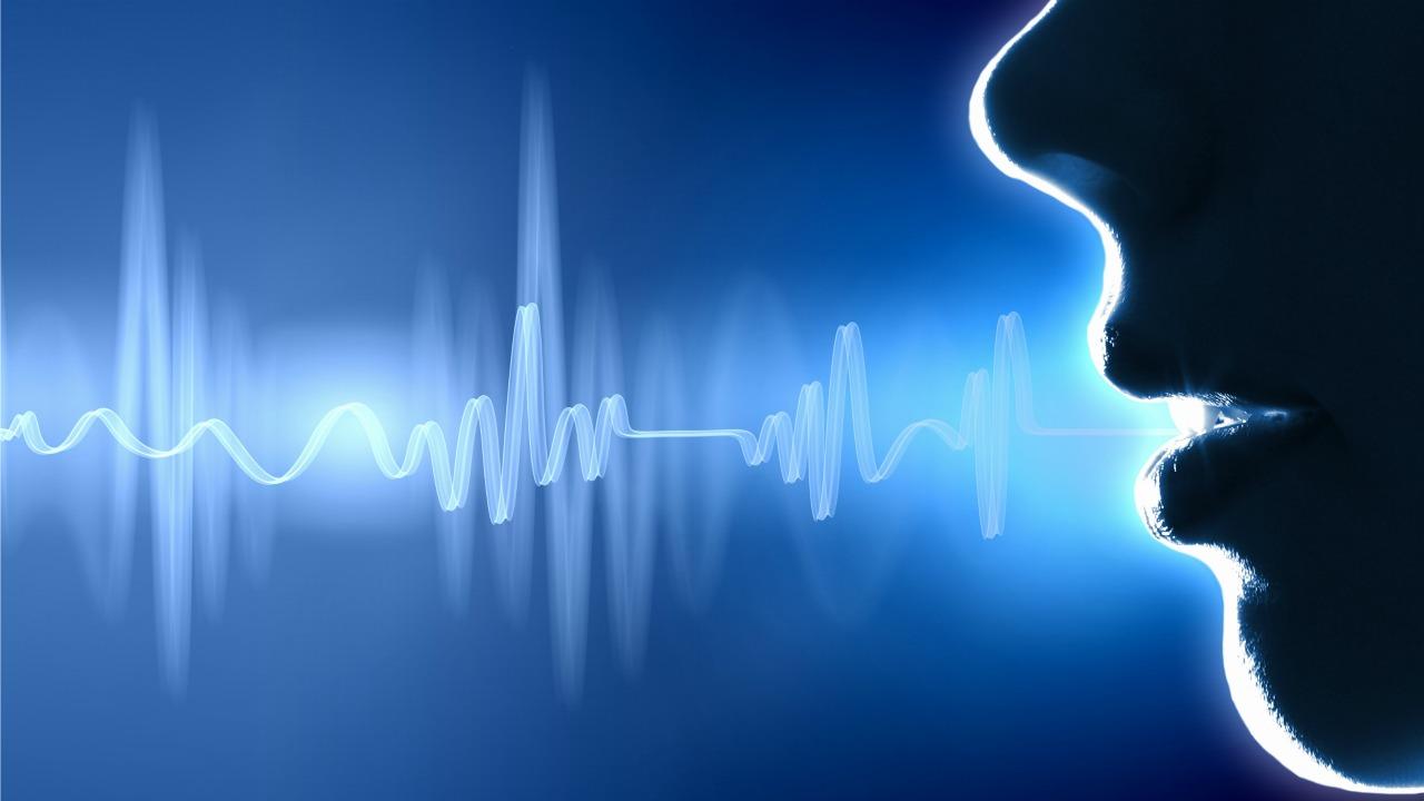 Güzel bir yüz mü, çekici bir ses mi daha etkileyicidir?