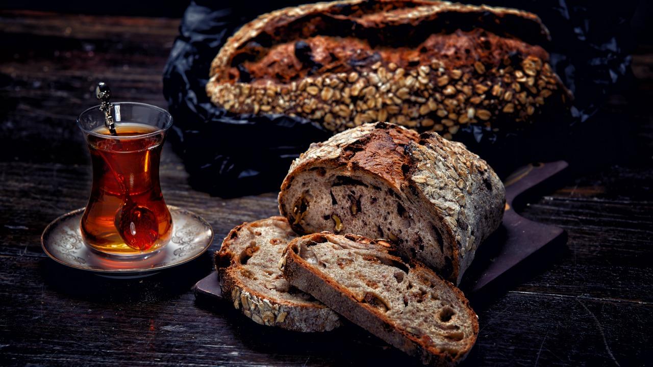 ekmek ve çay