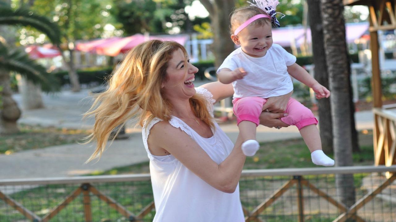 kahkaha  İyi ebeveyn olmanın 6 kuralı kahkaha