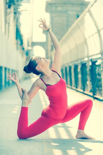 Yoga ve yazarlığı ahenk içinde birbiriyle harmanlayan Susanna Harwood Rubin'le tanışın