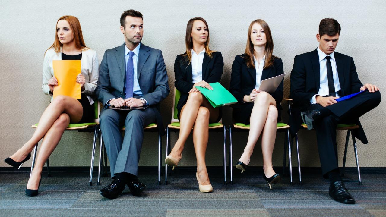 iş görüşmesini bekleme