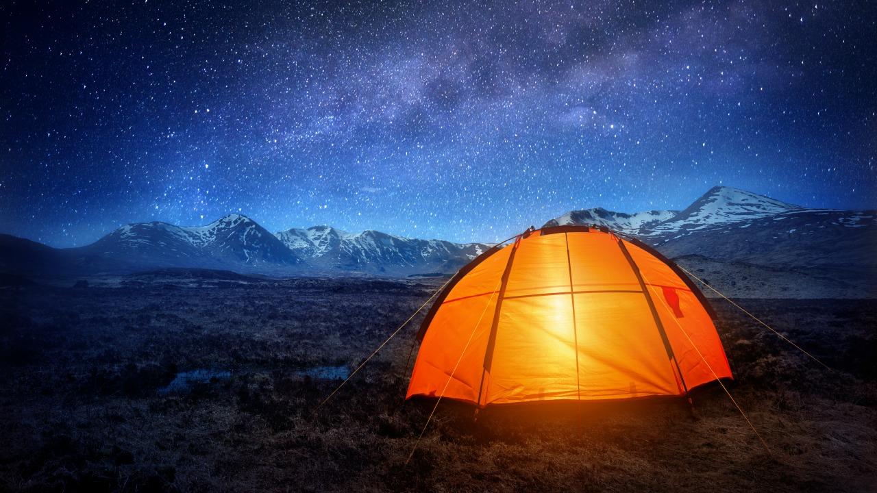 kamp yapmak  Dört duvarın dışına çıkıp doğada uyumanız için 5 sebep kamp yapmak