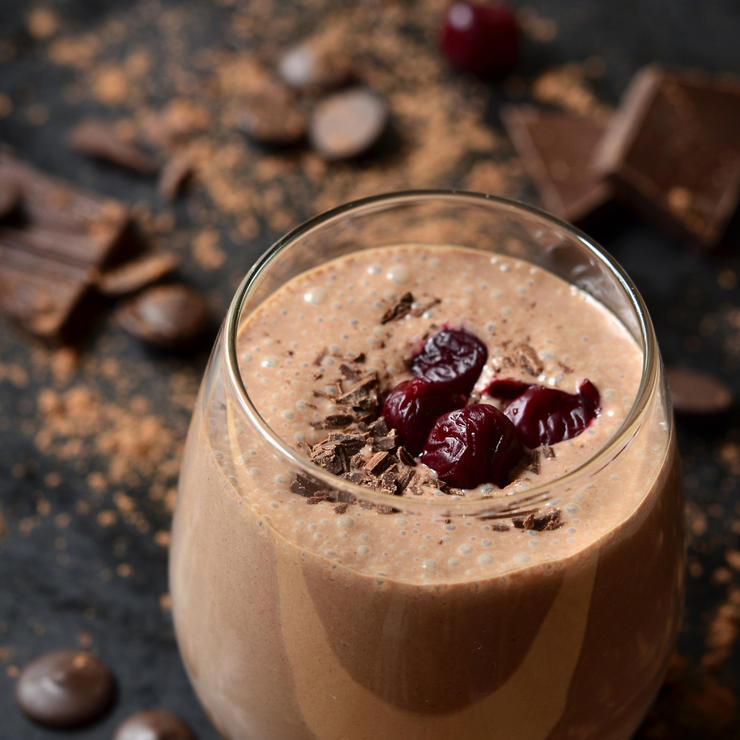 dark-chocolate-smoothie  Yağ yakımı denince akla gelen 8 içecekle hazırlayabileceğiniz lezzetli tarifler dark chocolate smoothie