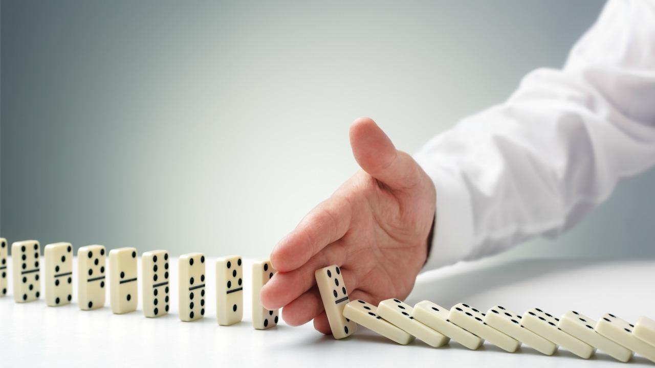 domino  Başarısızlık inancını içinizdeki gücü dışarı çıkararak yenin domino