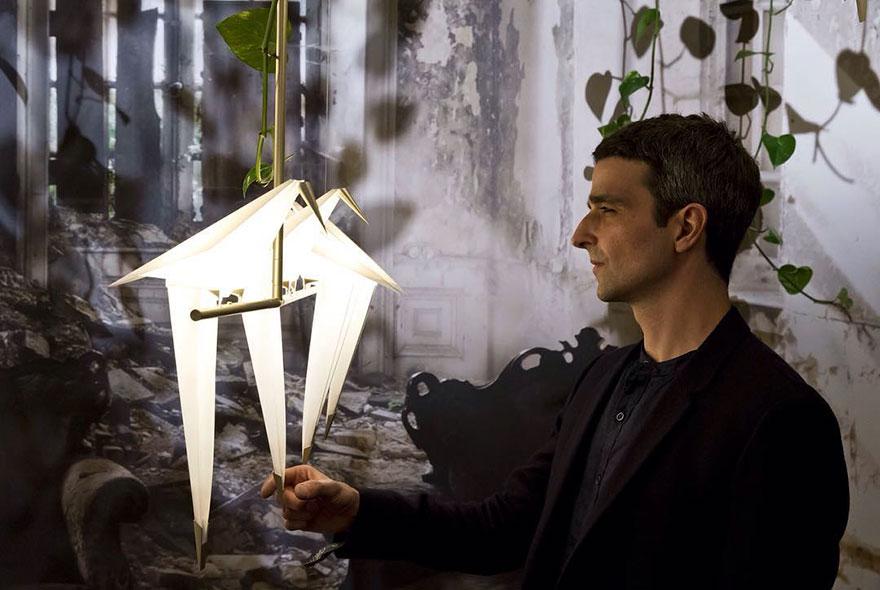 origami-bird-lights-creative-lamps-family-umut-yamac-2  Japon kağıt katlama sanatına Türk dokunuşu ekleyen tasarımcıdan estetik origami lambalar origami bird lights creative lamps family umut yamac 2