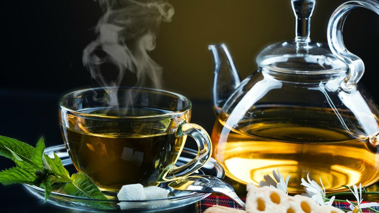 yeşil çay  Yağ yakımı denince akla gelen 8 içecekle hazırlayabileceğiniz lezzetli tarifler yesil cay