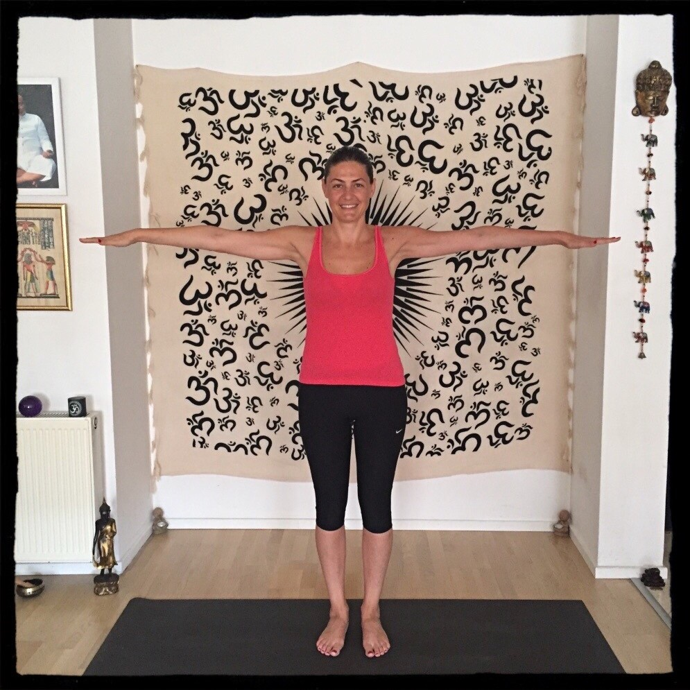 yoga pozu  Tibet'in Gençlik Pınarı: 5 sihirli yoga pozu yoga pozu