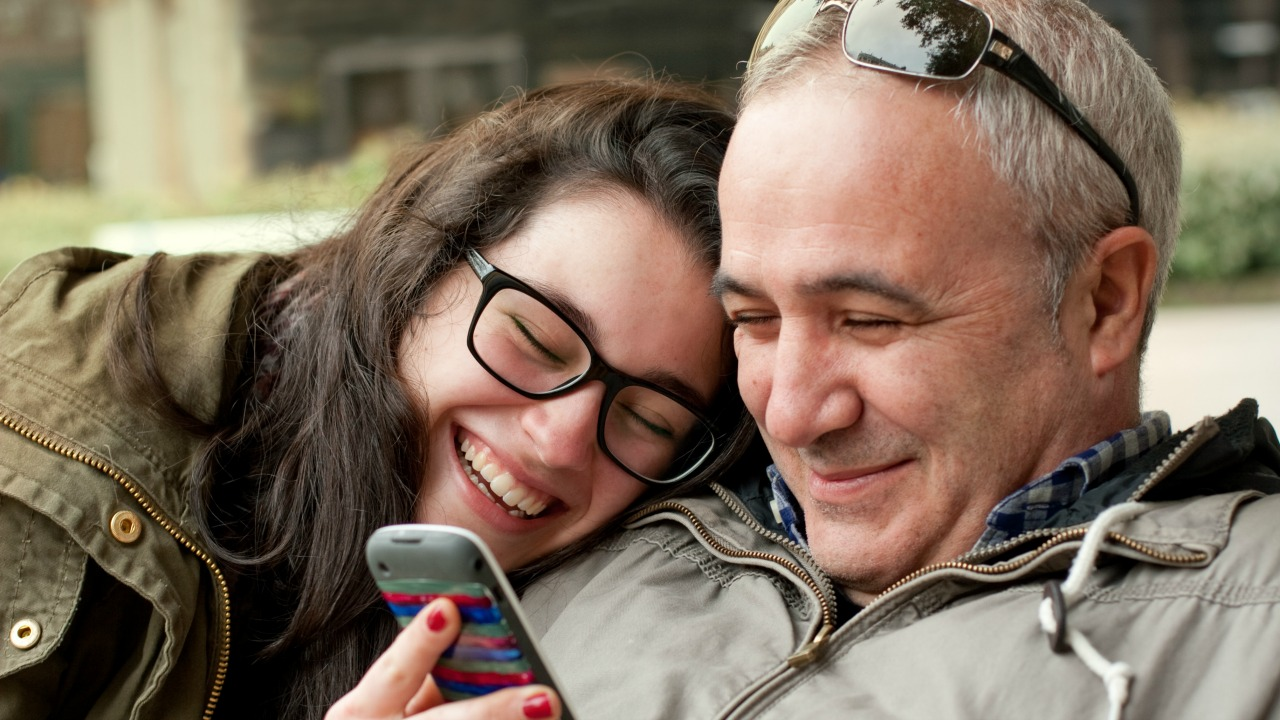 Babaların kızlarına verdiği ilişki tavsiyeleri