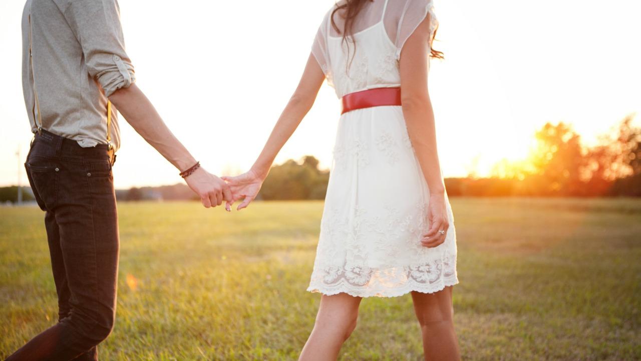 çift  Birine bağlanmaya mecbur muyuz? cift