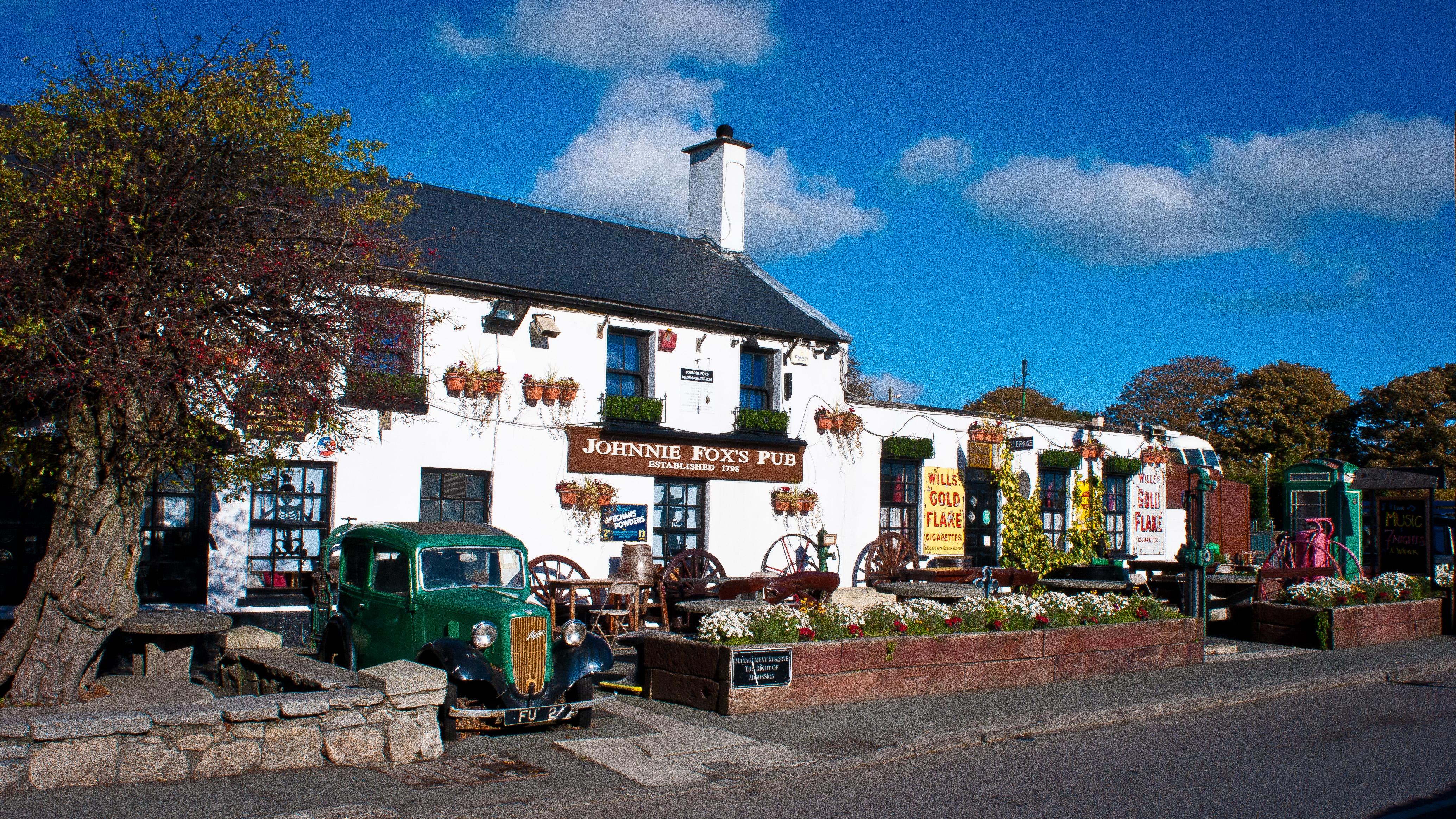 Johnny Fox's Pub, Glencullen  Biranın vatanı Dublin'de bir lokal gibi içebileceğiniz 7 pub Johnnie Foxs Pub