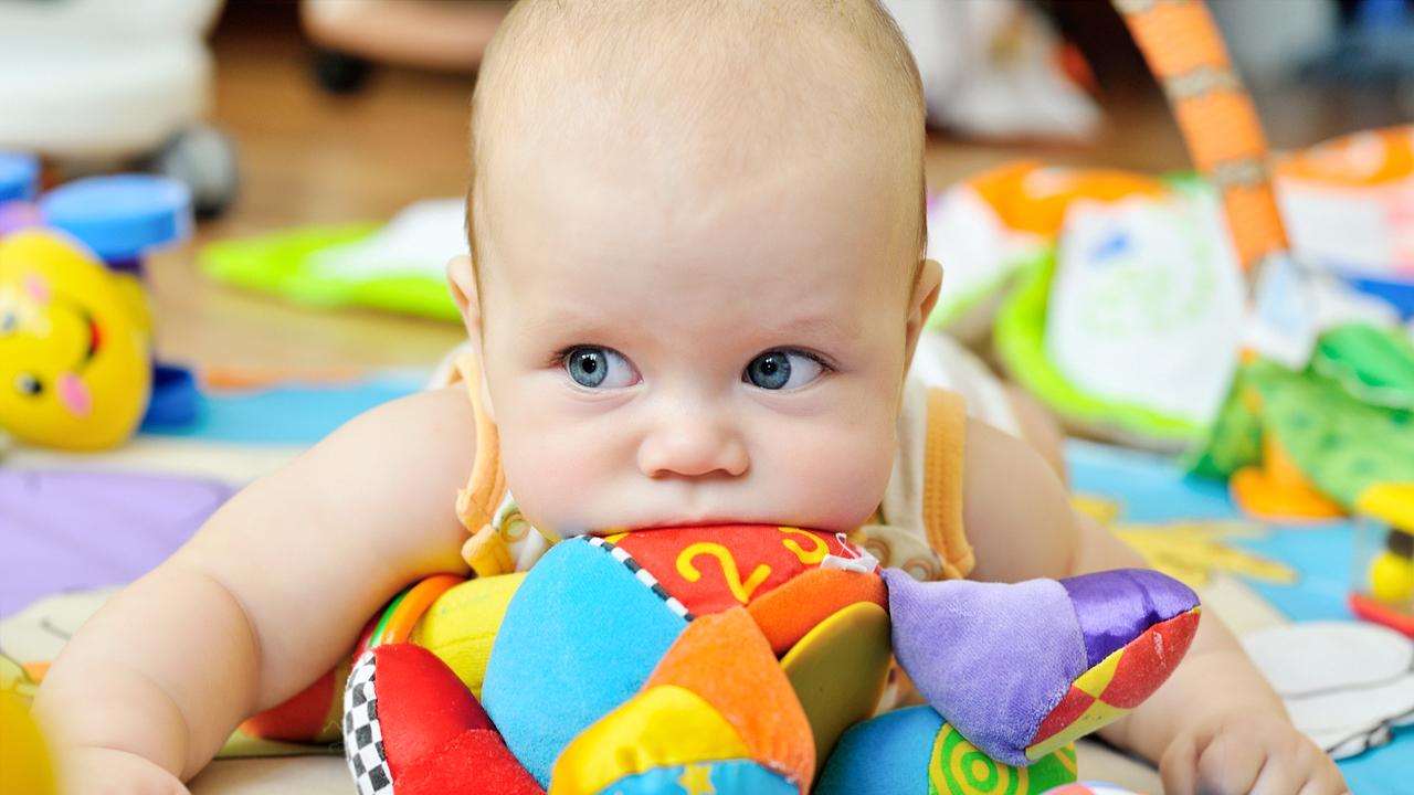 bebeklerde öksürüğün nedeni