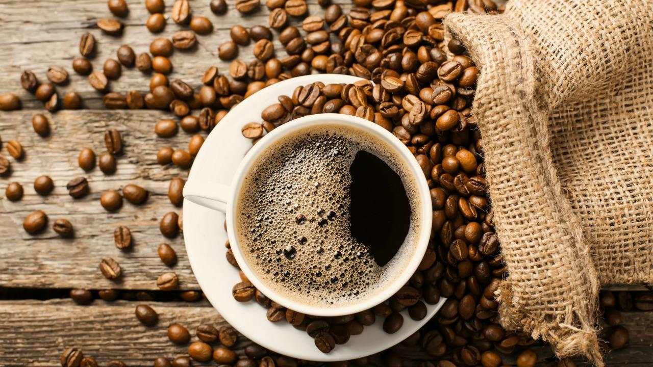 kafein  Tüm yönleriyle kafein: Hafızayı nasıl etkiler, bağımlılık yapar mı? kafein