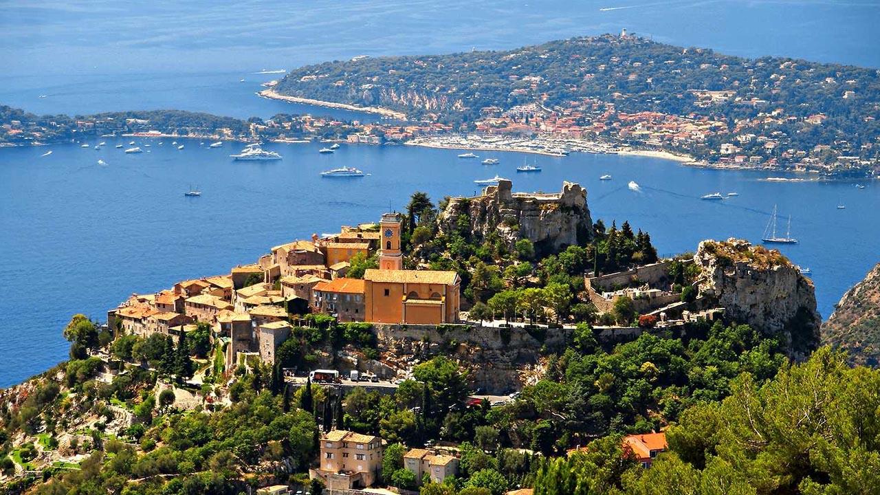 Eza  Fransa'da masalsı güzellikte mutlaka görmeniz gereken kasabalar Eza