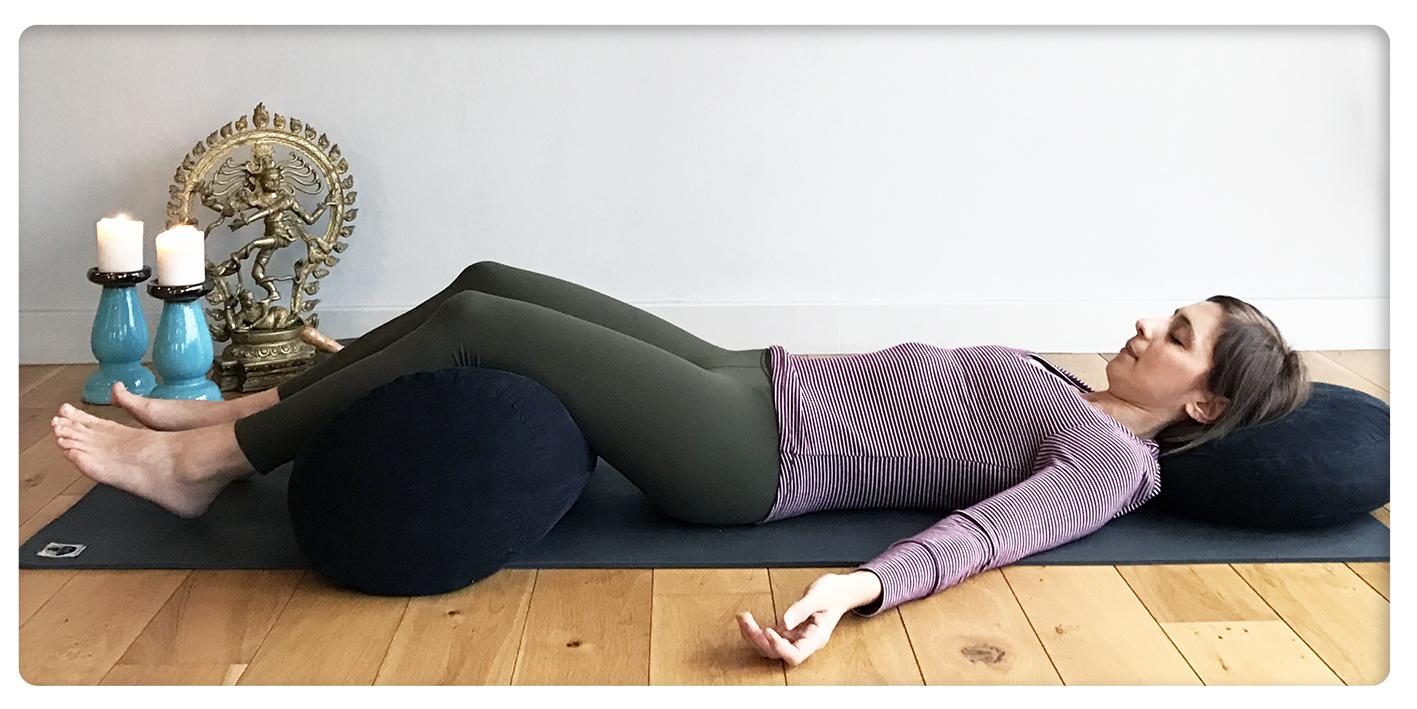 hangover yoga - sinem er - destekli savasana