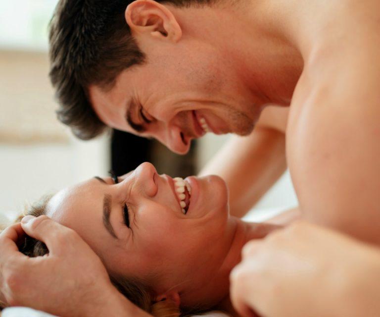 экстаз во время секса подружки приводят