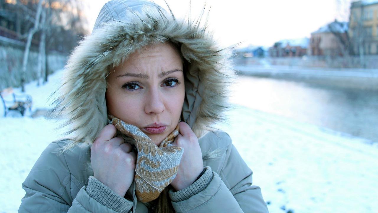 Neden soğuk havalarda üşüyoruz ve üşütüyoruz?