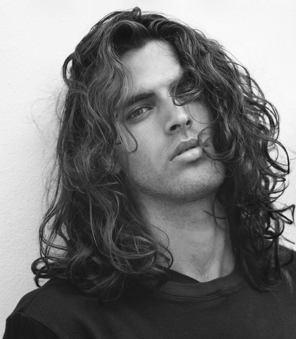 long wavy haircuts for men