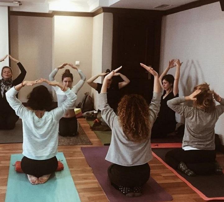 oznur-demirhan-yin yoga