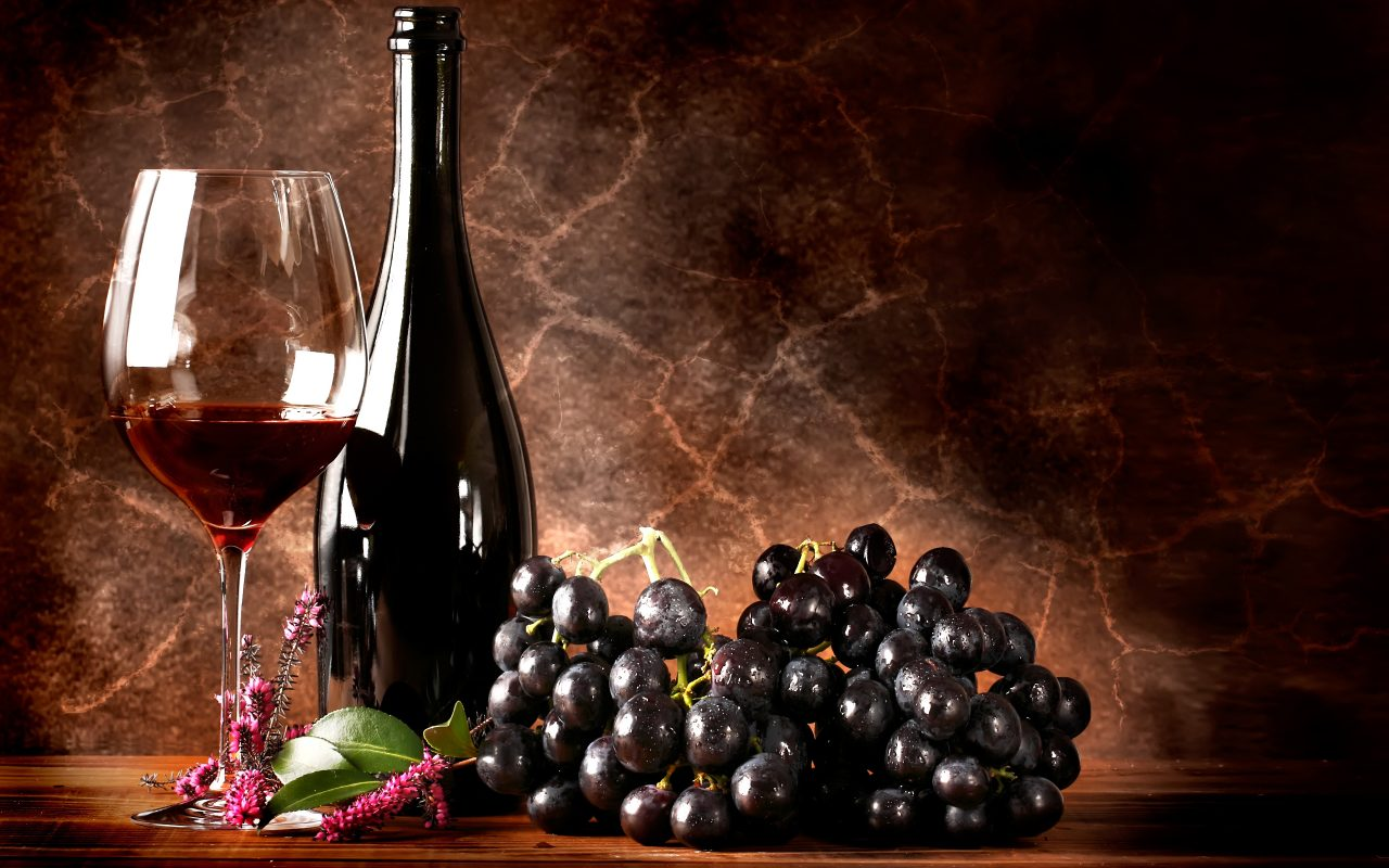red-wine-grapes-wallpaper-3
