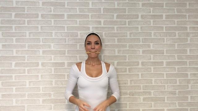 sebnem surucu - yuz yogasi 10