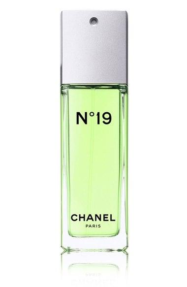 Bahar aylarında tercih edebileceğiniz en iyi kadın parfümleri