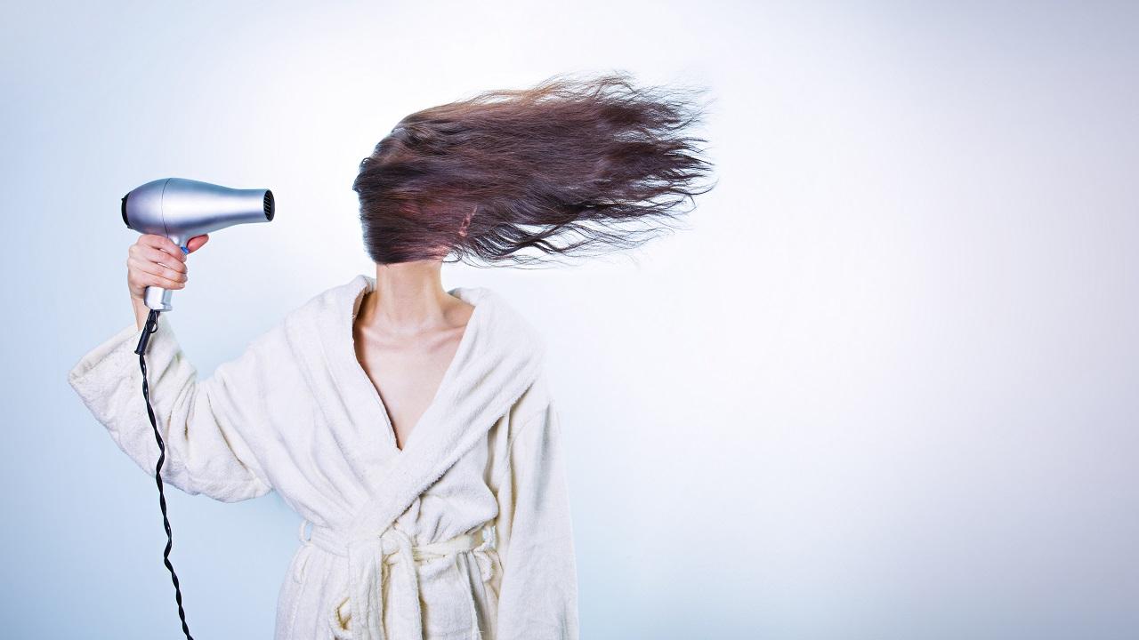 Saçınızı Yıkamamanın Faydaları