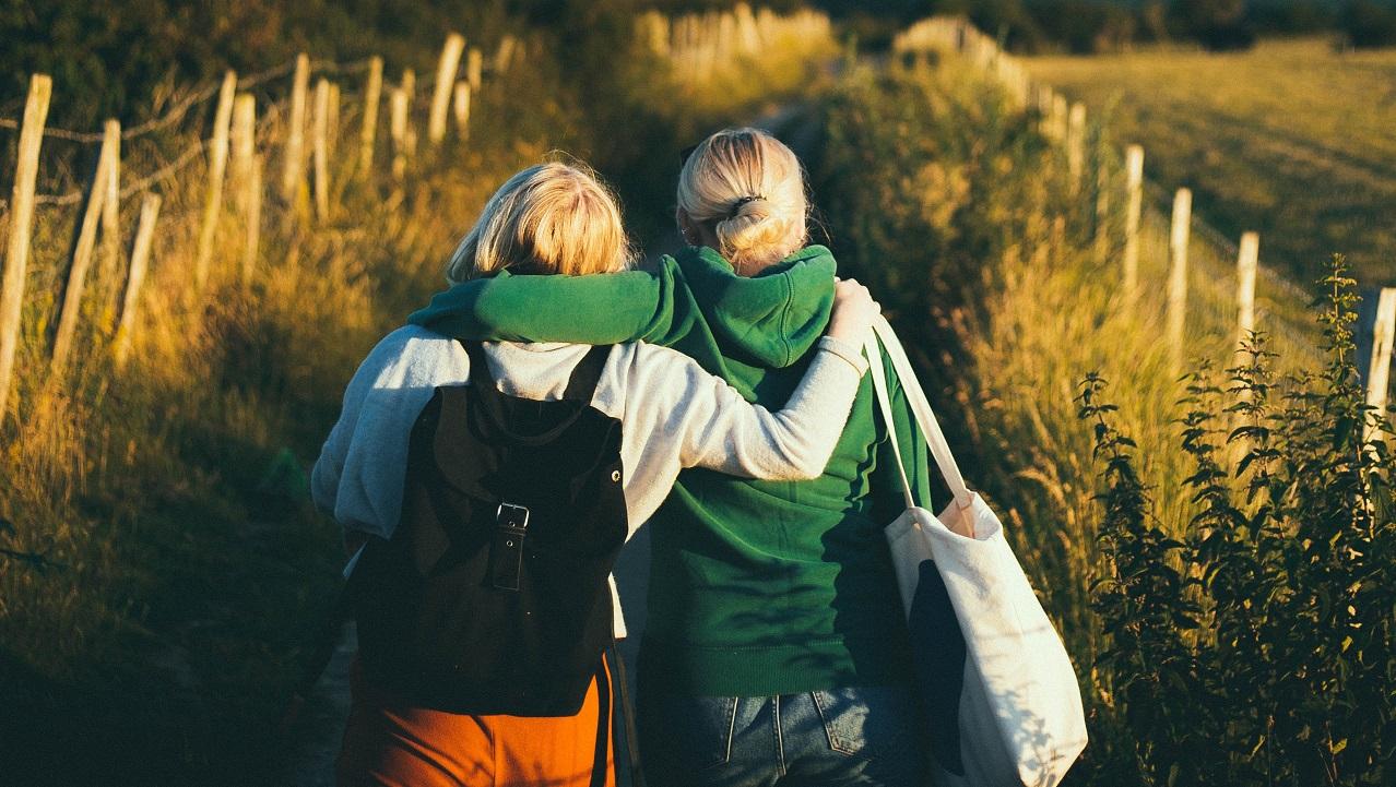 Yeni girdiğiniz bir ortamda arkadaşlık kurabilmenin formülü