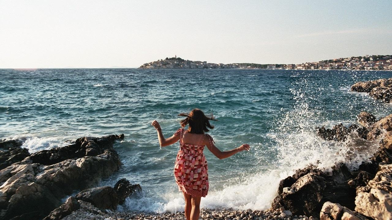 Ne dışarıda ne başkasında: Aradığımız ama bulamadığımız mutluluk, sen neredesin?