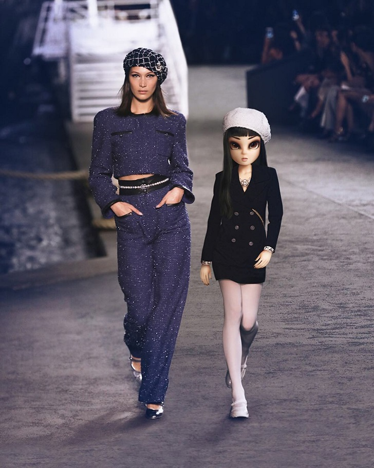 In February 2018, we met Noonoouri, who was walking in front of the supermodels on the podium