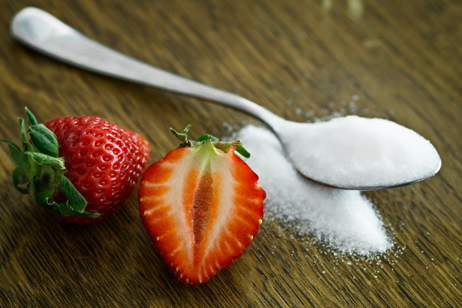 Şeker mi daha zararlı, yoksa şeker tüketmeme takıntısı mı?