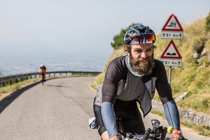 Vegan bisiklet sporcusu Berk Okyay'ın hikayesi: Transcontinental'da 3. yarış