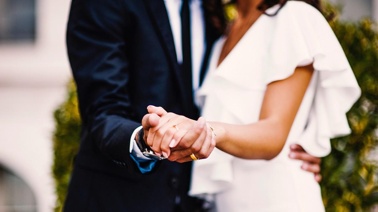 Stresin doruk noktası düğün hazırlıklarında sevgili kalabilmek