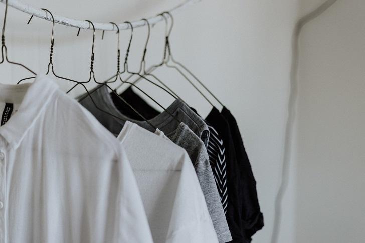 Şık ve rahat: Günlük iş kıyafetlerinizi bir üst seviyeye çıkarmanın yolları