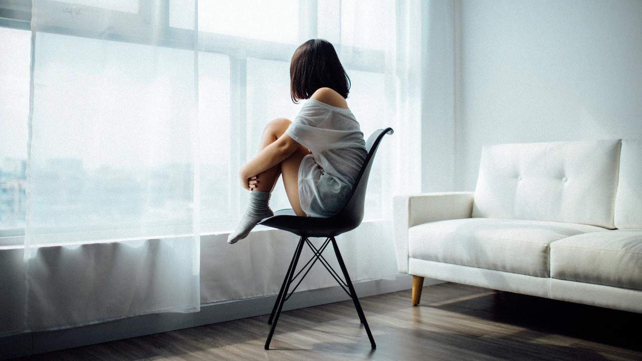 İnsan değil huy kötüdür: Yalnızlığa psiko-sosyal bir bakış