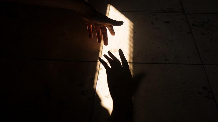 Kendimiz için mi sosyal durumlar için mi: İnsanları neden affederiz?