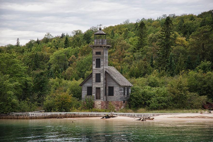 Grand Island Feneri, Michigan