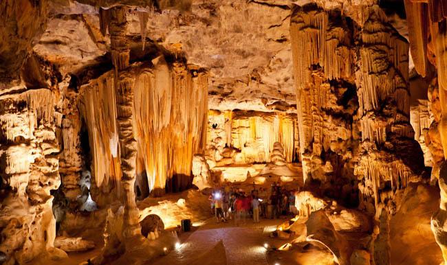 Cango Mağaraları, Güney Afrika