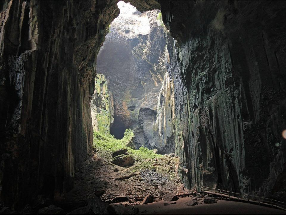 Gomantong Mağaraları, Borneo, Malezya