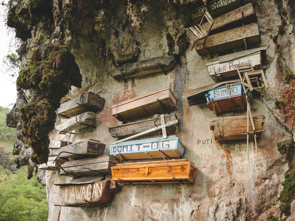 Sagada'da asılı duran tabutlar, Filipinler