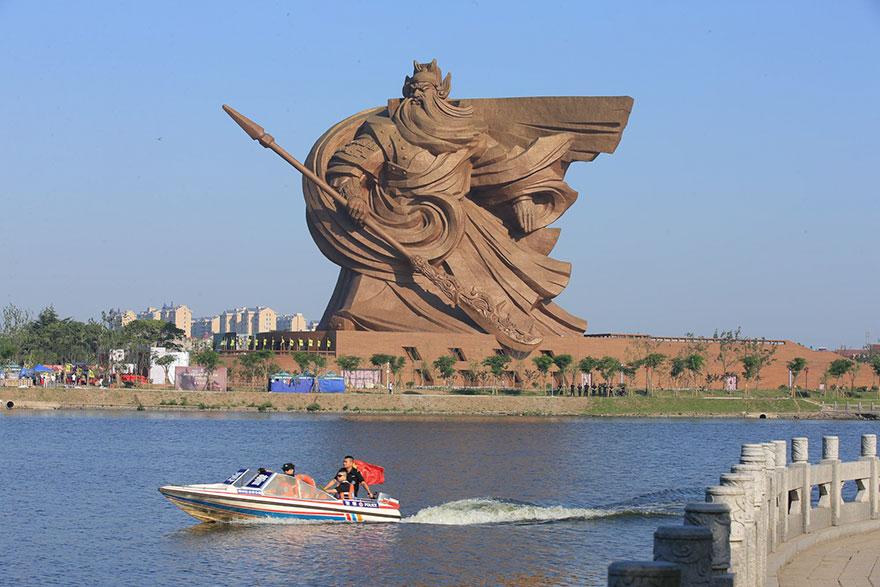 Jingzhou Çin