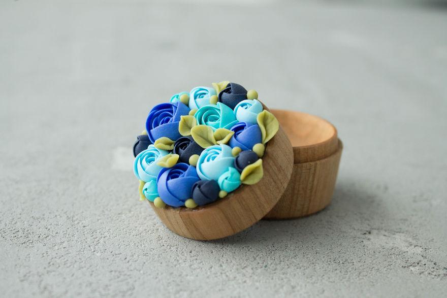 çiçek desenli yüzük kutuları