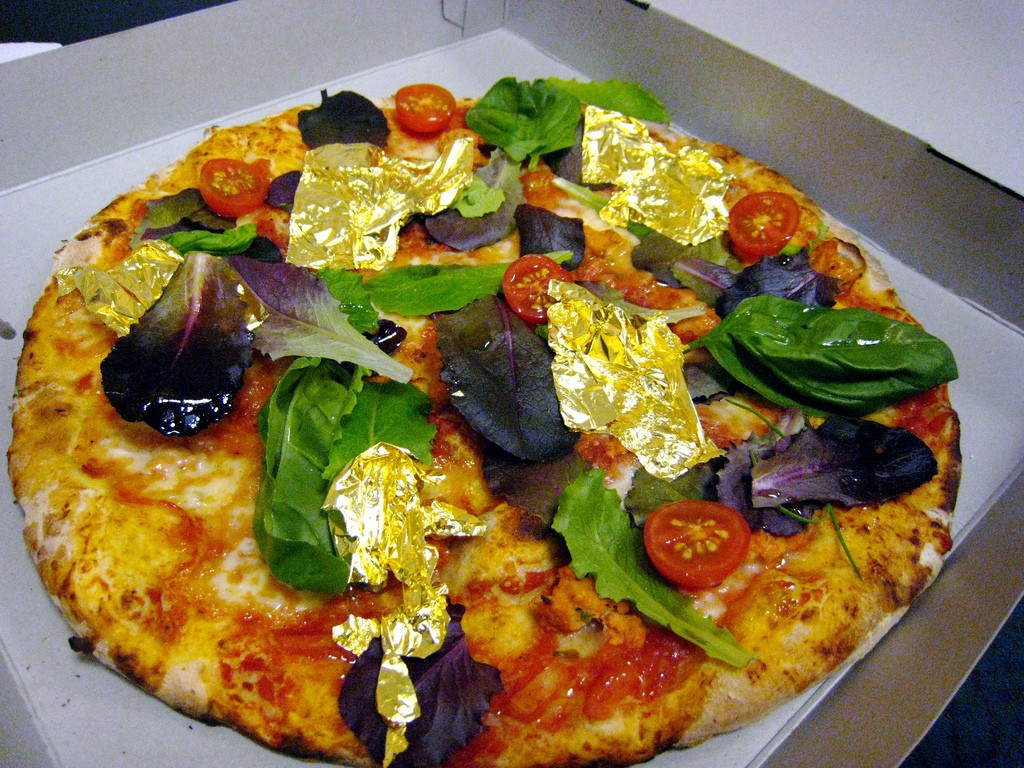 PizzaRoyale