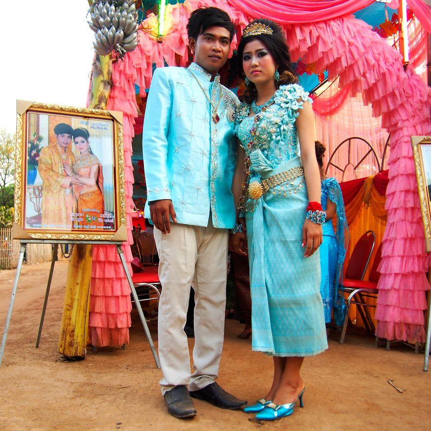 Kevich ve Leakena'nın düğünlerinden bir kare, Kamboçya