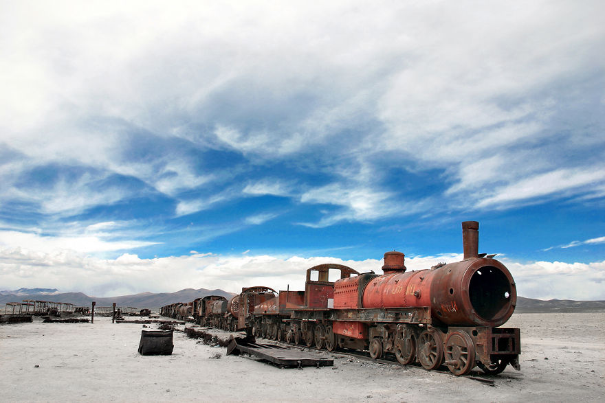 Uyuni yakınlarında terk edilmiş bir tren, Bolivya