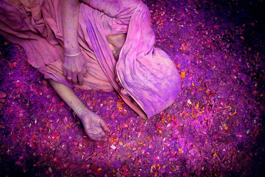 Holi Festivali'nde Hintli dul kadın, Hindistan