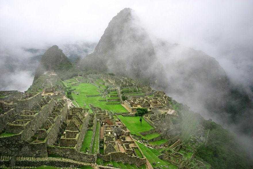Machu Picchu'daki tarihi tapınak, Peru
